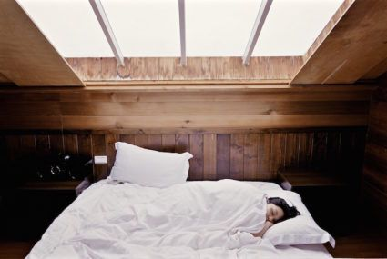 7 unconventional tricks experts use to fall asleep
