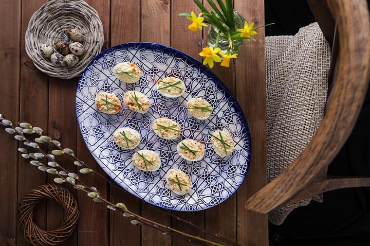 Deviled-Eggs-Taryn-Stocksy-Aniko-Lueff-Takacs