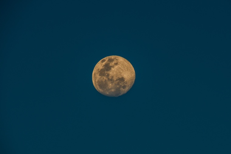 Thumbnail for Why the full moon in Capricorn is about to set your dreams in motion