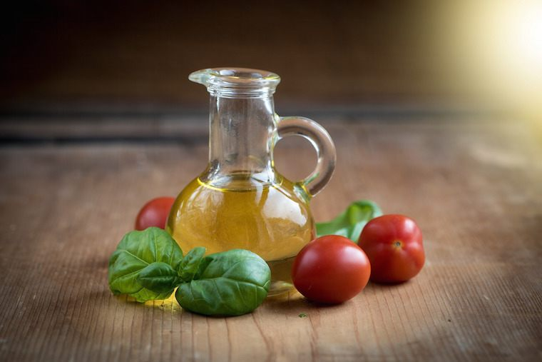 Thumbnail for Which is the healthiest kind of oil?