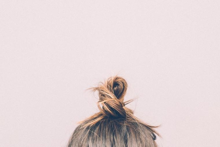tea tree oil for scalp and hair treatment