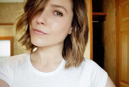The smart way Sophia Bush uses bone broth to fuel her week