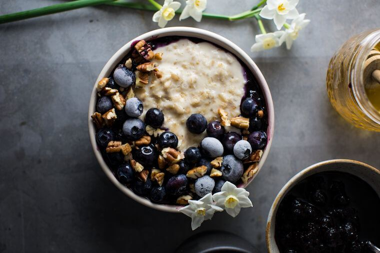 macademia milk porridge recipe