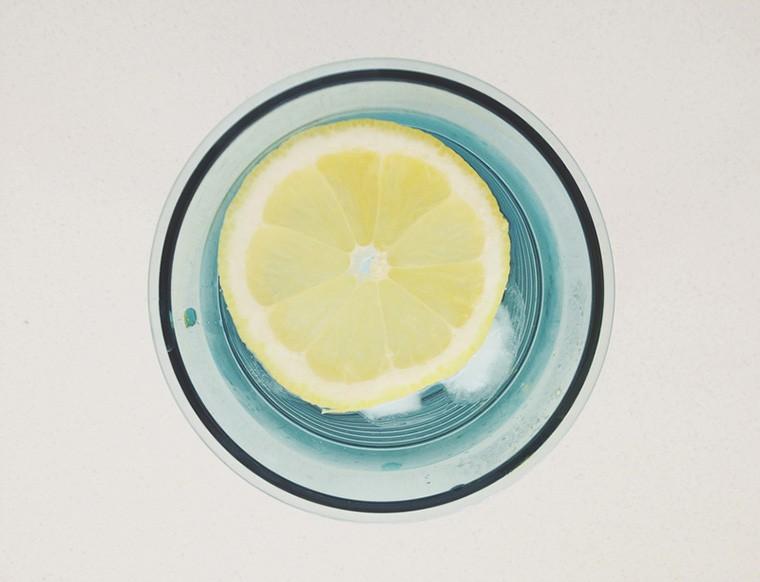 Stocksy-Lemon-Water-Waa