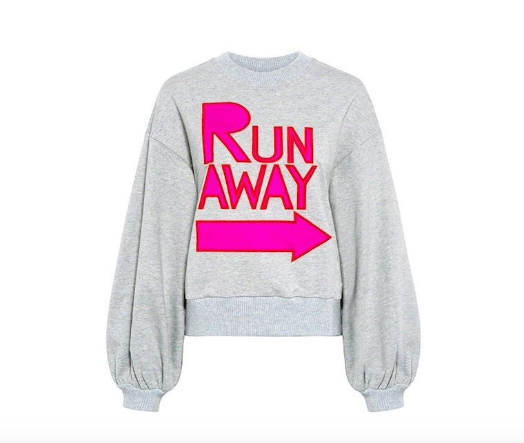 run away oversized sweatshit
