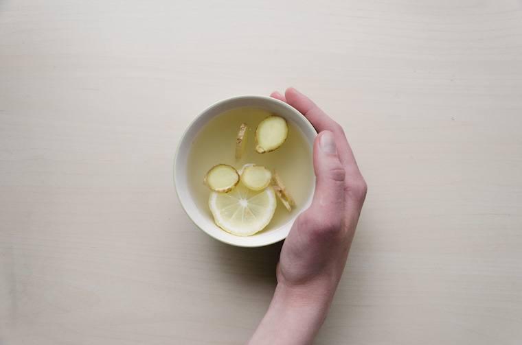 natural headache cure lemon water