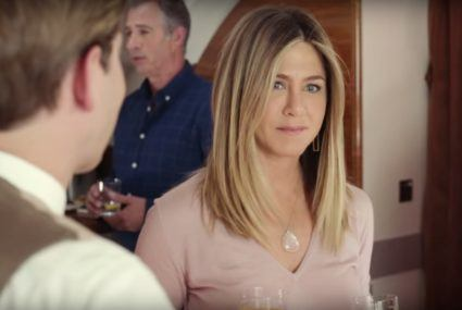 Jennifer Aniston goes high-vibe with this $1,600 necklace from Taryn Toomey