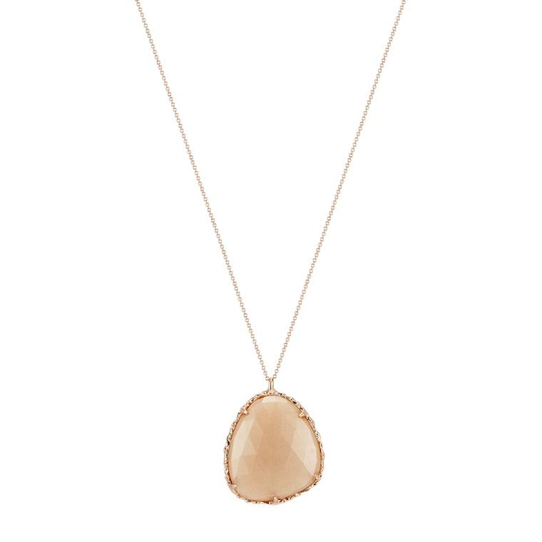 taryn-toomey-necklace-jennifer-aniston