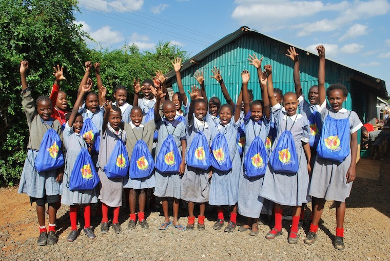 huru-kit-distribution