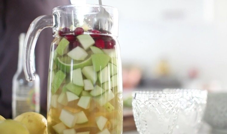 Easy holiday party food and drink ideas