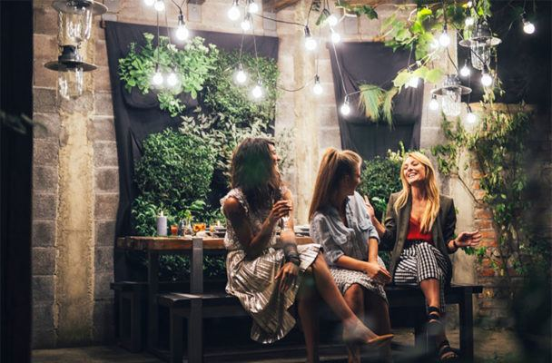 How to be an excellent party conversationalist in 7 steps