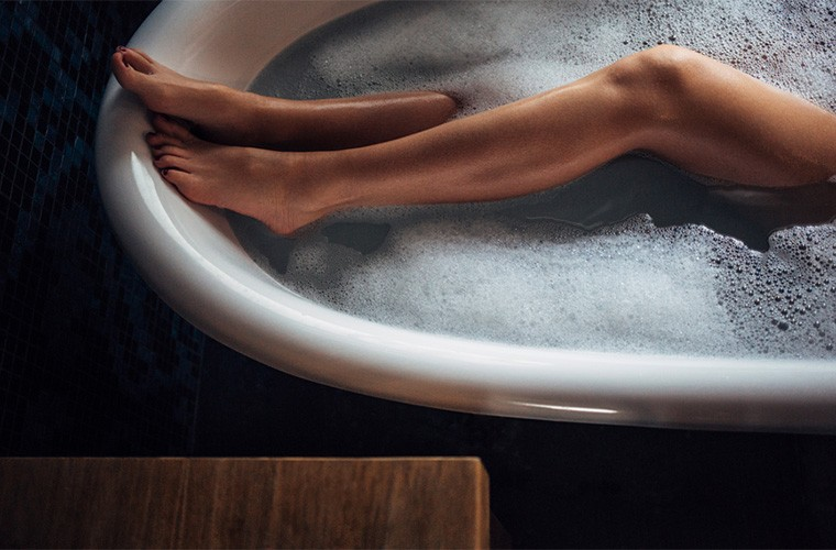 Thumbnail for Turn your bath into an dreamy revitalizing ritual with these 5 key items