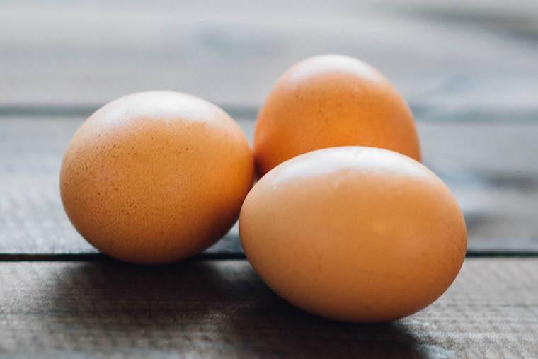 kirchen essential: organic eggs