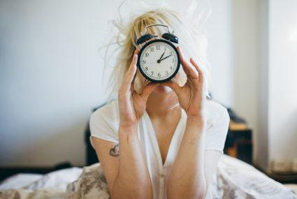 How to wake up earlier—with minimal misery
