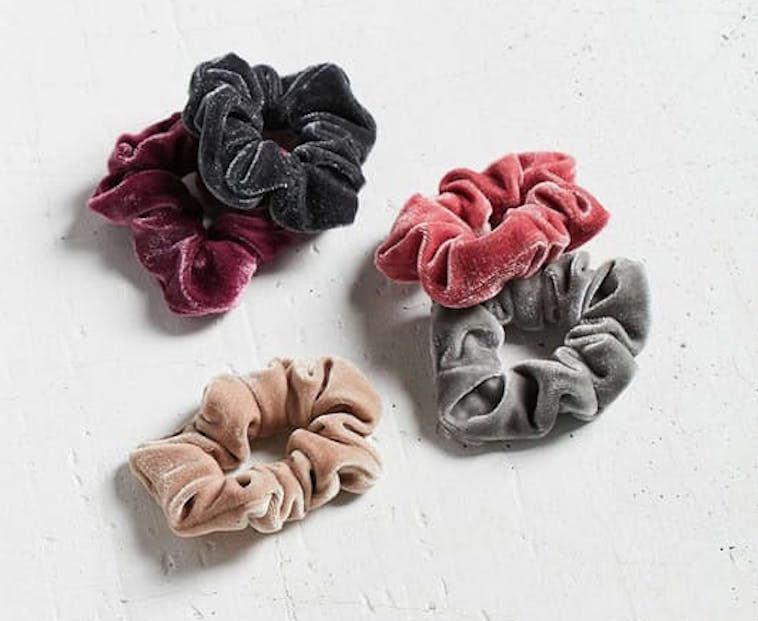 velvet-scrunchies