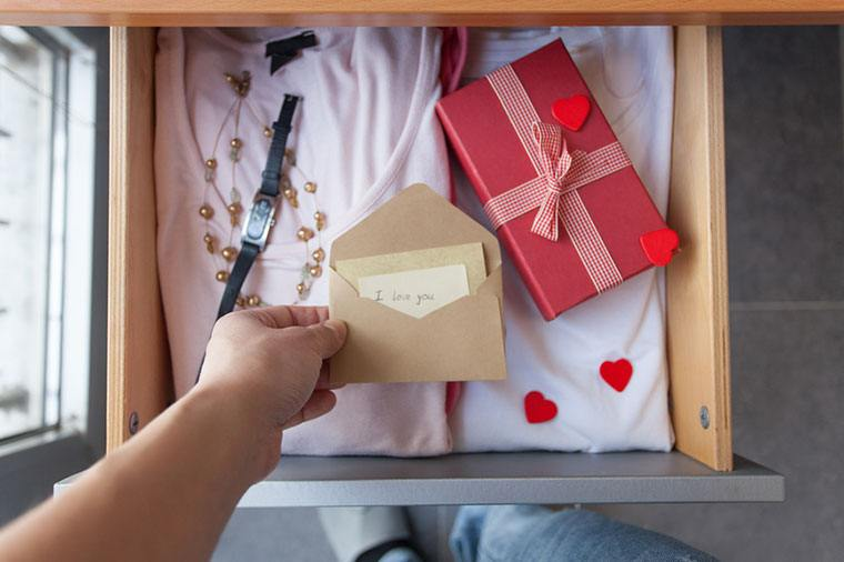 Thumbnail for 10 Valentine's Day gifts that will help you heat things up—the healthy way