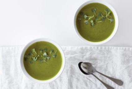 The detoxing soup you can make in 20 minutes flat