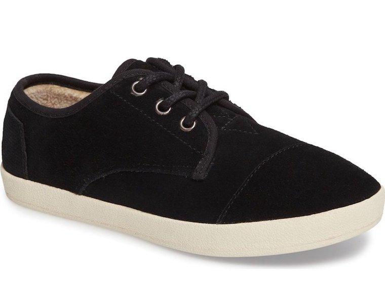 keds-faux-shearling-sneaker