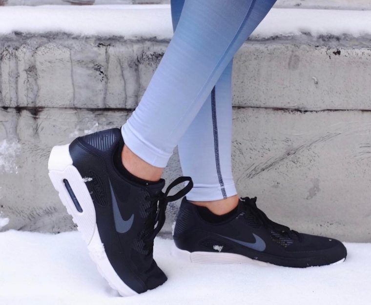 Thumbnail for 8 leggings that will actually keep you warm this winter