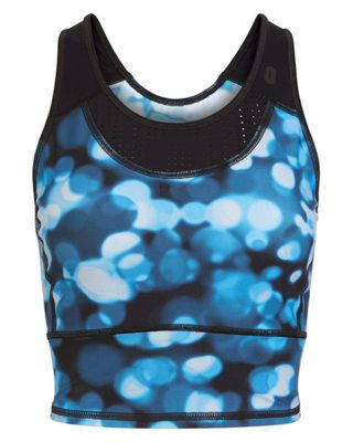 sweaty-betty-model-fit-crop-top
