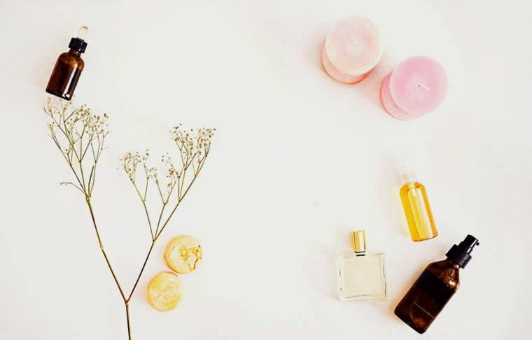 Thumbnail for 3 genius ways to clean your home using essential oils