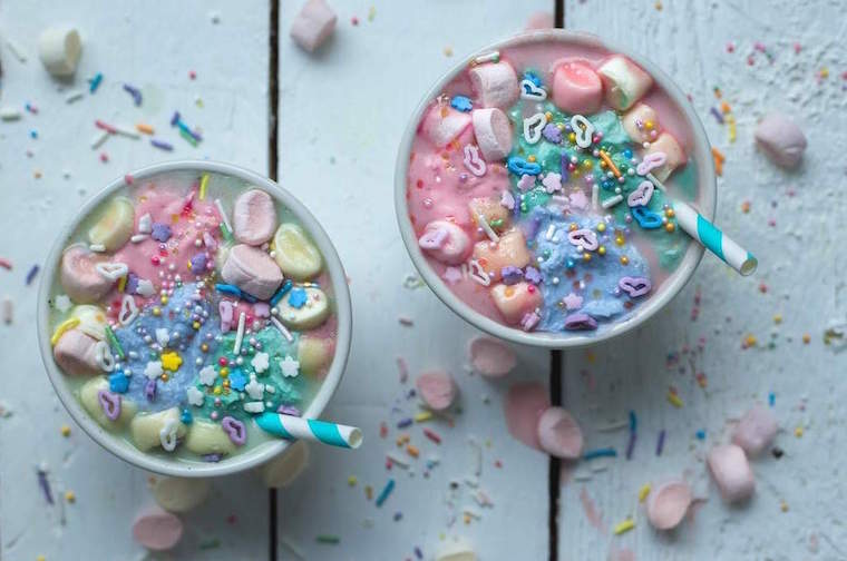 vegan-unicorn-hot-chocolate-rainbow