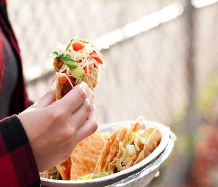 Thumbnail for 3 nutritionist-approved hacks for eating healthy at Chipotle