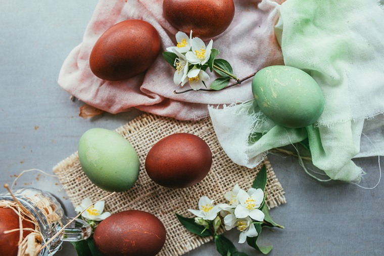 Thumbnail for How to use superfoods to dye your Easter eggs