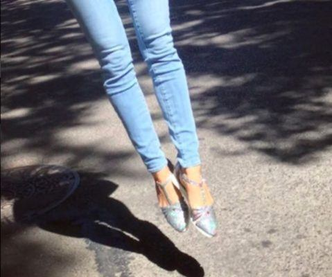 Sarah Jessica Parker designed a sneaker—and it's perfect for summer