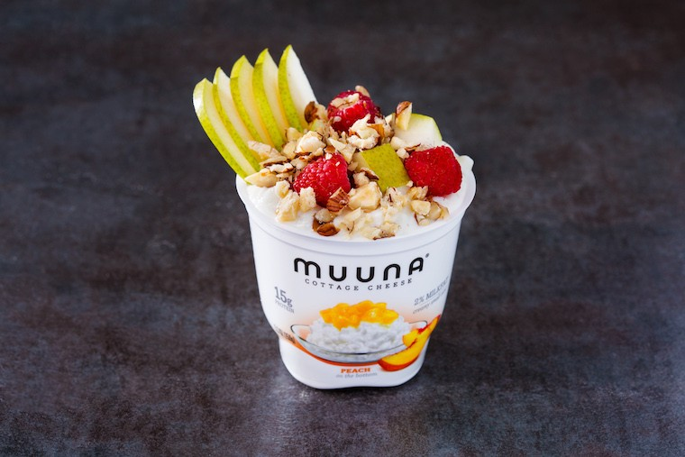 muuna single serve fruit on the bottom cup