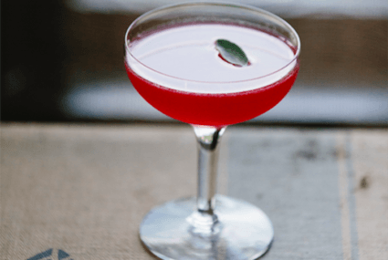 You need this sugar-free rosé cocktail in your life this summer