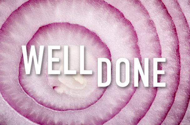 It's settled: This is the right way to cut an onion (without tearing up!)