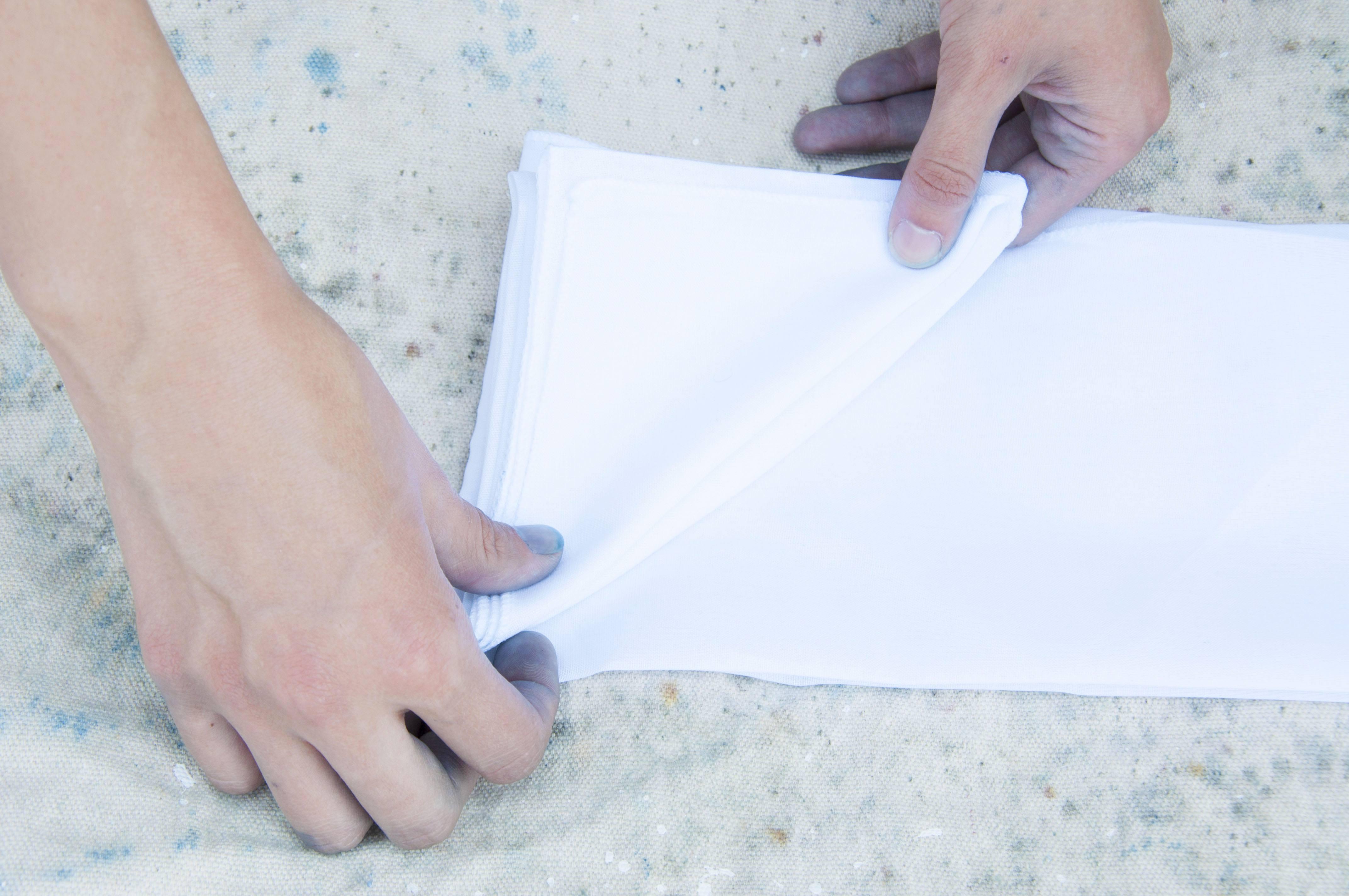 How to DIY shibori fabric   Well+Good