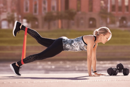 Every busy woman needs to hear Carrie Underwood's advice on working out