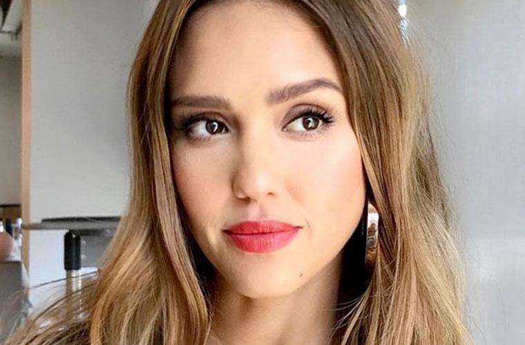 Thumbnail for The surprising beauty benefit of Jessica Alba's nighttime ritual