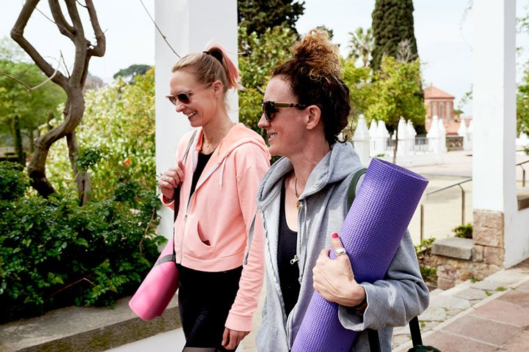 friends going to yoga