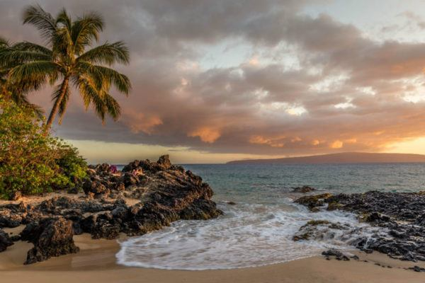 Hawaii Island is a good travel destination for solo women travelers.