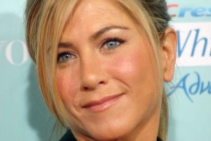 Why Jennifer Aniston has started swigging apple cider vinegar in the morning