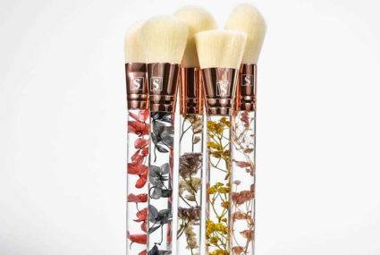 These makeup brushes with *real* flowers in the handles take natural beauty to a new level