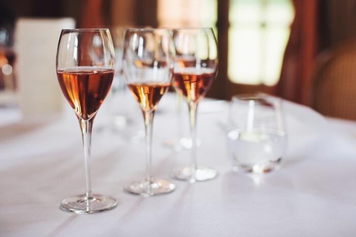 rose-champagne-taittinger-larkin-clark