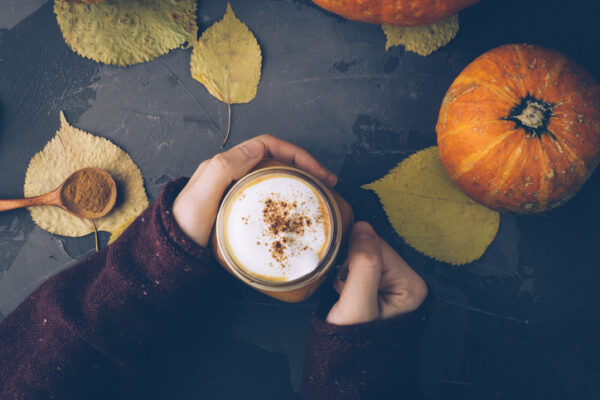 This Delicious Dairy-Free Pumpkin Spice Latte Recipe Is Bursting With Anti-Inflammatory Benefits