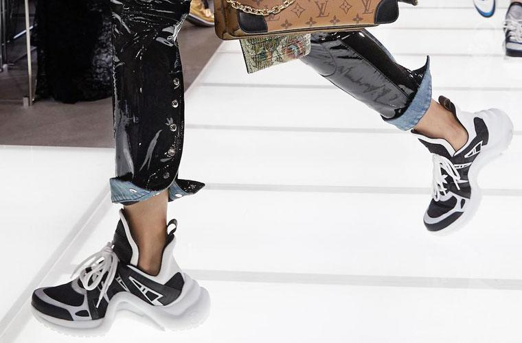 Thumbnail for This Louis Vuitton Show in Paris Proved You Can Wear Sneakers With *Everything*