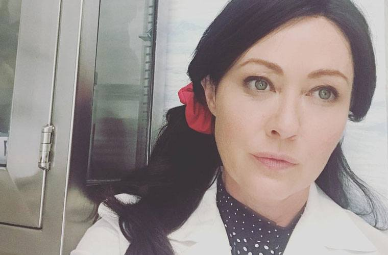 Thumbnail for Shannen Doherty's Breast Cancer Awareness Month Instagram is fearless and inspiring