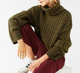 Thumbnail for 14 ways to upgrade your sweaters-with-leggings look