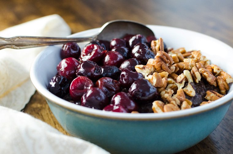 Chocolate Cherry Oatmeal
