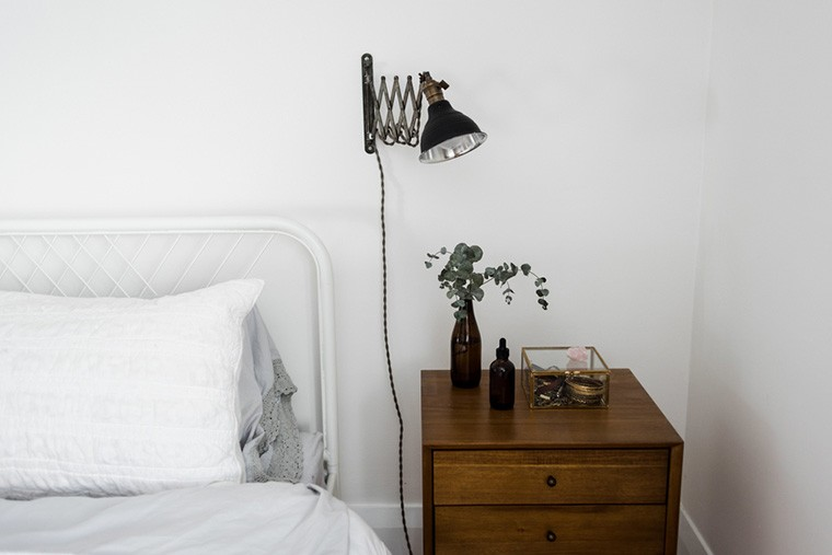 How To Feng Shui Your Nightstand Well Good