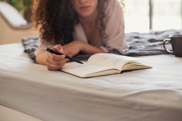 9 guided journals that make daily writing super easy
