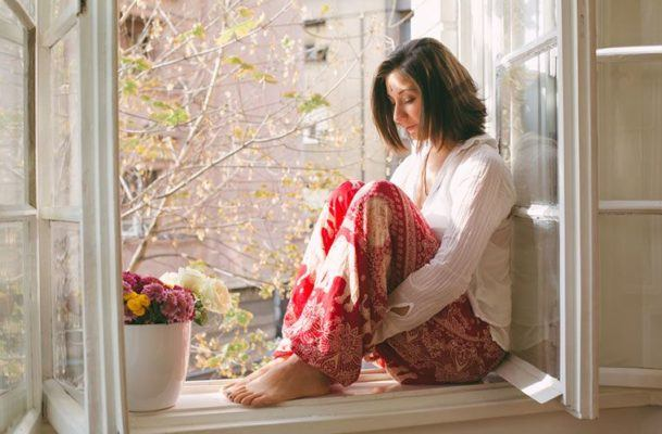 How to deal with difficult emotions that arise during meditation