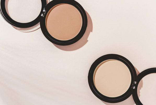 10 foolproof natural eye shadows that require no skill to use