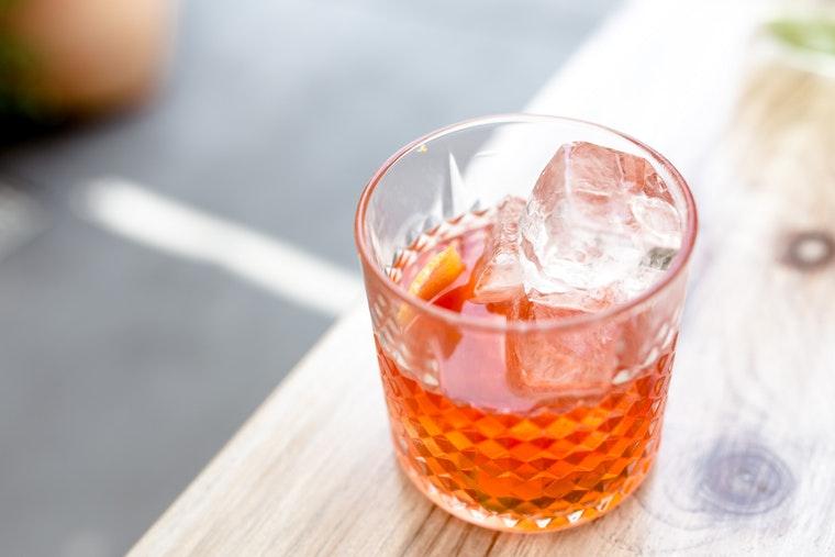 Recipe for apple cider vinegar shrub kombucha cocktail